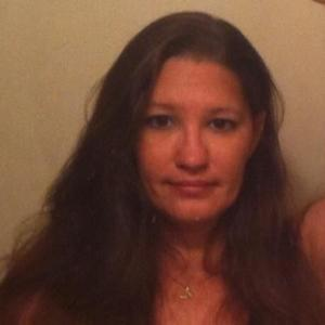 Leslie , 46, woman