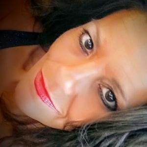 Tanya , 49, woman