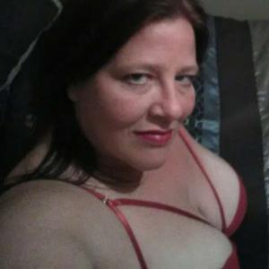 Sarah Beth, 43, woman