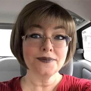 Lynn, 54, woman