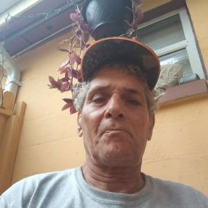 Daniel, 58, man