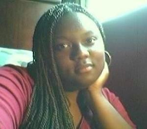 Roxanne, 25, woman