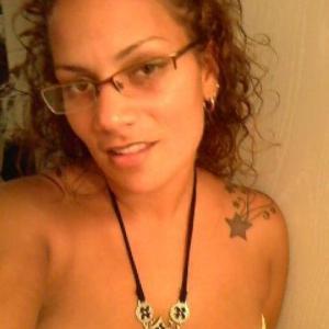 Zio, 39, woman